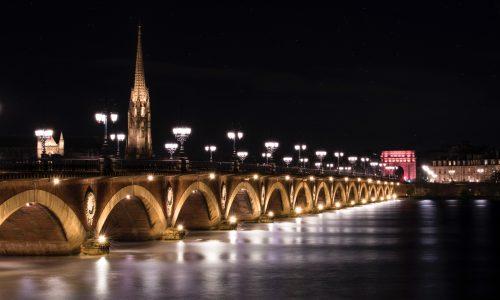 Pont de pierre, french school in Bordeaux