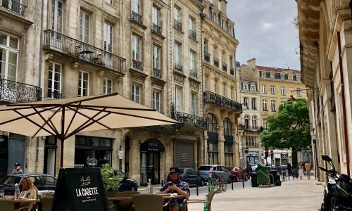 Visit our city and leanr french in our school in Bordeaux